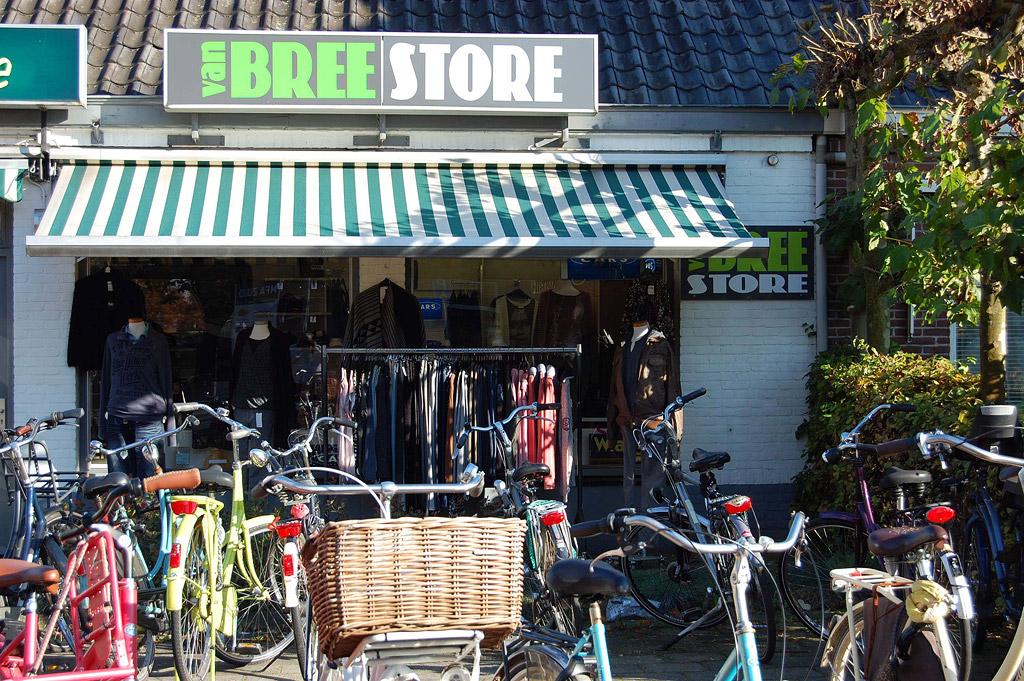 Foto pand Van Bree's Budget Store